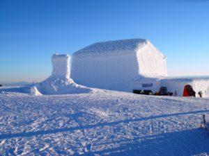 frozen_building